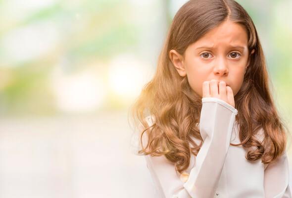 ¿Por qué los niños se comen las uñas?