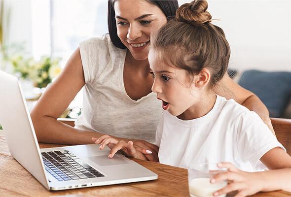 Padres y niños en internet
